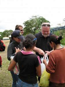 15distributing books